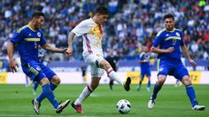 Spain call up Arsenal's Hector Bellerin to replace injured Sergi Roberto