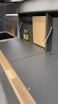 Kitchen Pantry Design, Diy Kitchen Storage, Modern Kitchen Design, Home Decor Kitchen, Interior Design Kitchen, Smart Kitchen, Home Room Design, House Design, Küchen Design