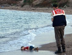 3 SEP 2015 - Image of Drowned Syrian, Aylan Kurdi, 3, Brings Migrant Crisis Into Focus - via http://www.nytimes.com/2015/09/04/world/europe/syria-boy-drowning.html?_r=0