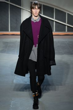 Raf Simons Fall 2016 Menswear Fashion Show