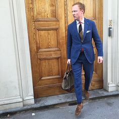 Preppy Men, Preppy Style, Men's Style, Tweed Jacket Men, Suit Jacket, Nice Dresses, Personal Style, Menswear, Street Style