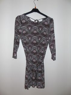 Robe courte fluide imprimé bonobo - vinted.fr Blouse, Tops, Women, Fashion, Pattern Print, Chic Dress, Sleeve, Womens Fashion, Fashion Ideas