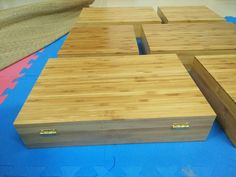 Bamboo box Vietnam - Round shape, great quality, various type. We can supply and making as custom demand. We have competive scoure bamboo and worker Bamboo Box, Bamboo Cutting Board, Farmer, Polish, Shapes, Tea, Canning, Phone, Wood