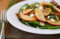 Harvest Spinach and Apple Salad with Buttered Almonds Spinach Apple Salad, Spinach And Feta, Healthy Salad Recipes, Vegetarian Recipes, Apple Harvest, Main Dish Salads, Cheese Salad, How To Cook Quinoa, Soup And Salad