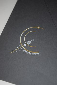Yellow gold hoop earrings with diamonds and pearls