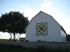 Ohio Quilt Barn, I like the colors. Palouse-y feeling. Would look awesome on my barn!