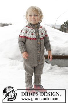 Run Run Rudolph - Knitted onesie for children, with round yoke in DROPS Merino Extra Fine. The piece is worked top down with Nordic pattern. - Free pattern by DROPS Design Baby Knitting Patterns, Baby Sweater Knitting Pattern, Knitting For Kids, Baby Patterns, Free Knitting, Drops Design, Cardigan Bebe, Baby Overall, Magazine Drops
