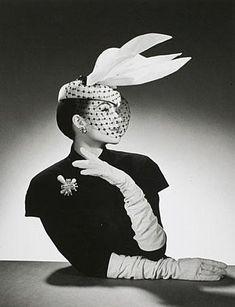 Moda de los años 40-50 de la mano de Jacques Fath - Moda Años · Moda Años 40Moda  RetroCosturasEstiloModa De Los Años 50TurbantesModistaTocadosSombreros 17e27ab8cf7