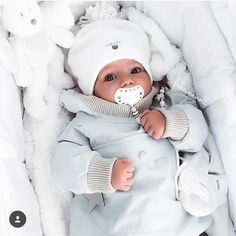 baby, family, and white image So Cute Baby, Baby Kind, Cute Kids, Cute Babies, Funny Babies, Foto Baby, Cute Baby Pictures, Baby Family, Baby Boy Fashion