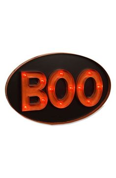 This 'Boo' marquee sign would make for a great addition to your Halloween party!