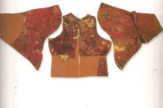 Sleeves and back of the farsetto/doublet of Pandolfo III Malatesta. Webpage source: https://plus.google.com/photos/115962623729091930300/albums/5453754138249484033/5453754675800752850?banner=pwa otherwise Pinterest can't seem to find the photo.