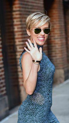 La pixie classique, comme Scarlett Johansson - New Hair Styles Thin Hair Haircuts, Girl Haircuts, New Haircuts, Short Hair Cuts, Pixie Haircuts, Quick Hairstyles, Hairstyles Haircuts, Love Hair, Great Hair