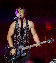 The Band Perry performs at The Cosmopolitan of Las Vegas (Photo credit: © Erik Kabik / www.erikkabik.com).