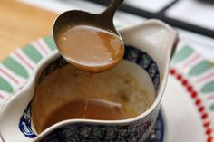 As you can see from the picture, this homemade gravy recipe is rich and thick. A gravy can make or break a dinner and if you are going to sp. Beef Gravy, Onion Gravy, Turkey Gravy, Roast Gravy, Cajun Turkey, Giblet Gravy, Hamburger Gravy, Tomato Gravy, Pork Roast