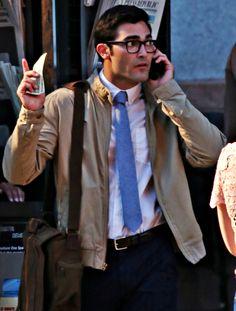 Tyler Hoechlin on Set, Supergirl (August 01, 2016)