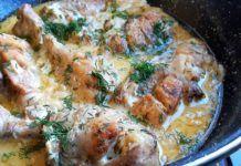 Nem volt ötletem, mit főzzek, ezért készítettem egy gyors tejfölös, hagymás csirkét. Hatalmas sikere lett! Beaded Animals, Sweet Desserts, Easy Meals, Chicken, Recipes, Food, Recipies, Essen, Bead Animals