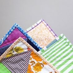 A simple step by step guide to quilt binding including how to achieve the perfect mitered corners.