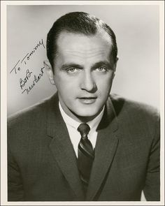 Bob Newhart was drafted into the USA and served stateside during the Korean War as a personnel manager. He was honorably discharged in 1954.