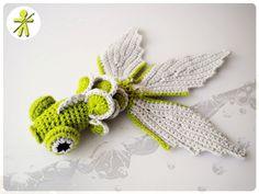 Crocheted by AmigurumisFanClub!!! Free pattern by Semperly: http://semperly.fr/2012/02/tuto-poisson-au-crochet/