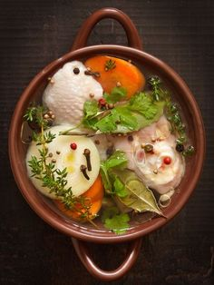 http://www.marmiton.org/recettes/recette_bouillon-de-volaille-tout-simple_57339.aspx