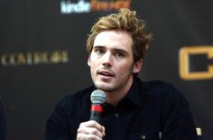 "Sam Claflin Photos - Actor Sam Claflin attends the ""The Hunger Games: Catching Fire"" mall tour at Cherry Hill Mall on November 2013 in Cherry Hill, New Jersey. - ""The Hunger Games: Catching Fire"" Mall Tour - Philadelphia, Pennsylvania Cherry Hill Mall, Hunger Games Cast, Jena Malone, Sam Claflin, Hot Actors, Catching Fire, Celebs, Celebrities, Picture Photo"