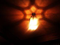 天井にうつる影がいいでしょ^^
