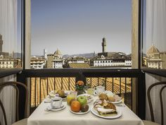 Florence Hotel Pitti Palace al Ponte Vecchio Italy, Europe Hotel Pitti Palace al Ponte Vecchio is conveniently located in the popular Historical Center area. Both business travelers and tourists can enjoy the hotel's facilities and services. Service-minded staff will welcome and guide you at the Hotel Pitti Palace al Ponte Vecchio. Internet access – wireless, internet access – wireless (complimentary), non smoking rooms, air conditioning, heating can be found in selected guest...