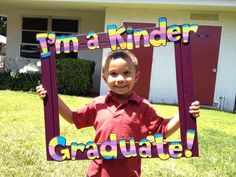 Apples and ABC's: Adventures in Kindergarten: End of the Year Photo Booth