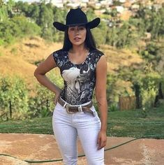 Cowgirl Look, Cowboy Girl, Western Girl, Western Wear For Women, Hot Country Girls, Country Women, Sexy Cowgirl Outfits, Vaquera Sexy, Looks Country