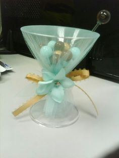 Bridal Shower favor, sixlets candy simple elegant and cute!
