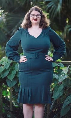 Lisette Dress by Miss Candyfloss in green Curvy Clothes, Curvy Outfits, Candyfloss, Plus Size Vintage, Bodycon Dress, Green, Dresses, Fashion, Vestidos