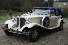 Brooklands Wedding Cars - Gorgeous range of vintage cars. Loved their 1930's Beauford.