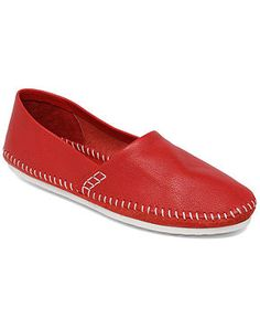 Red shoes..want...