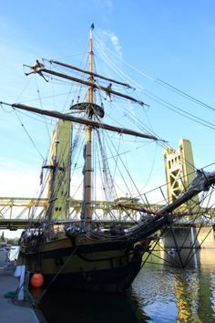 Check out the topman on yard aboard Hawaiian Chieftain in Sacramento. #travel #sailing #california http://historicalseaport.org/