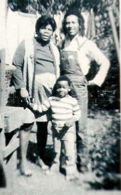 Bob, Cedella, & Richard Booker Marley - when Bob lived briefly in US and worked as a welder. Lovin the overalls :)