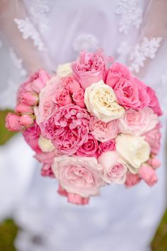 Sweet Wedding Bouquet Arranged With Several Varieties Of Pink Roses + White English Garden Roses Greek Wedding, Mod Wedding, Wedding Events, Wedding Reception, Weddings, Reception Ideas, Pink Roses, Pink Flowers, Wedding Bouquets