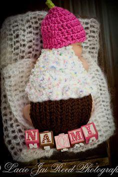 cute little cupcake ((: Baby Crochet Cupcake Hat & Cape Set Photo Prop by AmyMcMillan3, $30.00