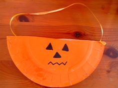 panier halloween facile et rapide à confectionner http://cliscachart.eklablog.com/sans-titre-a102372749