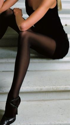 Trasparenze Linda 40 Denier Semi-Opaque Velvet Smooth Pantyhose/Tights with Evolution Microfiber - Made in Italy...