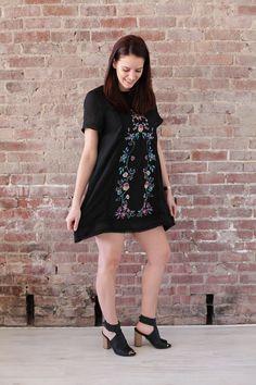 Short-Sleeve Embroidery Dress