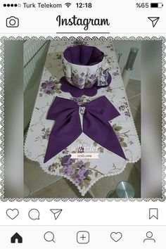 This Pin was discovered by mak Quilting Projects, Sewing Projects, Projects To Try, Sewing Table, Deco Table, Homemade Beauty Products, Table Linens, Table Runners, Diy And Crafts