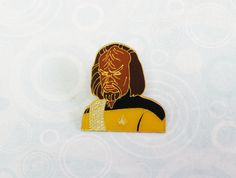 Add this fantastic Worf enamel pin to your collection!SIZE: 25mmMATERIALS: Zinc alloy and enamelOfficially licensed!BONUS! Order 3 or more items and receive a mystery gift!