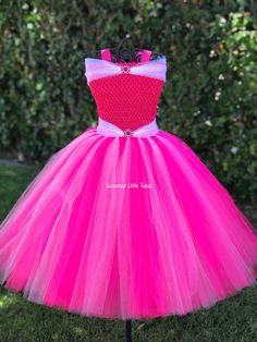 Pink Princess Tutu Dress/ Pink Princess Tutu/ Pink Tutu Dress/ Pink Princess Outfit/ Pink Princess C Princess Frocks, Princess Tutu Dresses, Pink Tutu Dress, Princess Outfits, Disney Dresses, Pink Princess, Baby Dress, Girls Dresses, Space Princess