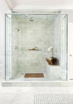 Gorgeous 50 Beautiful Bathroom Shower Tile Ideas https://roomadness.com/2017/10/27/50-beautiful-bathroom-shower-tile-ideas/