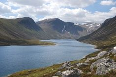 Creag Mhor and Loch Avon, from Glenmore (Walkhighlands)