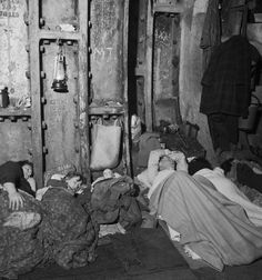 Shelter Photographs Taken In London By Bill Brandt, November Liverpool Street Underground Station Shelter: A family sleeps in the underground tunnel; Get premium, high resolution news photos at Getty Images Old Pictures, Old Photos, Vintage Photos, Antique Photos, Vintage London, Old London, South London, London History, British History