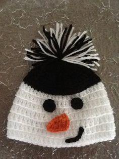 Crochet Snowman Hat by ChildofFaith on Etsy Crochet Kids Hats, Crochet Beanie, Cute Crochet, Crochet Crafts, Crochet Projects, Knitted Hats, Knit Crochet, Crochet Snowman, Snowman Hat