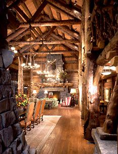 Huge volume in the log home greatroom in Montana.  This room is just majestic in scale!