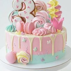 Pretty Cakes, Cute Cakes, Yummy Cakes, Candy Birthday Cakes, Birthday Cake Girls, Birthday Parties, Gateau Baby Shower, Pastel Cakes, Beautiful Birthday Cakes