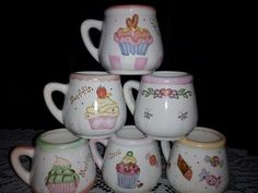 tazas Pottery Painting, Ceramic Painting, China Clay, Painted Cups, China Painting, Coffee Cups, Projects To Try, Tableware, Crafts
